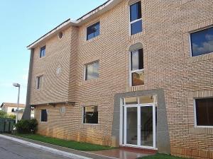 Apartamento En Ventaen El Tigre, Sector Avenida Jesus Subero, Venezuela, VE RAH: 20-22518