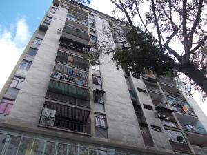 Apartamento En Ventaen Los Teques, Los Teques, Venezuela, VE RAH: 20-22553