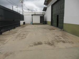 Galpon - Deposito En Alquileren Guacara, La Floresta, Venezuela, VE RAH: 20-22584