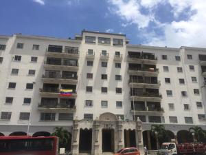 Apartamento En Ventaen Caracas, Centro, Venezuela, VE RAH: 20-20732