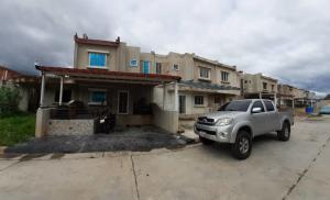 Casa En Ventaen Municipio Linares Alcantara, Valle Jardin, Venezuela, VE RAH: 20-22627