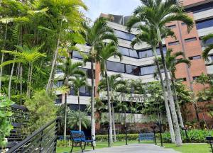 Apartamento En Alquileren Caracas, Los Dos Caminos, Venezuela, VE RAH: 20-22638