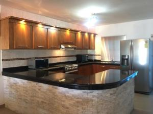 Casa En Ventaen Punto Fijo, Pedro Manuel Arcaya, Venezuela, VE RAH: 20-22646