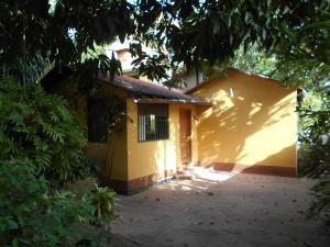 Casa En Ventaen Caracas, Los Palos Grandes, Venezuela, VE RAH: 20-22663