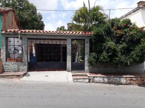 Casa En Ventaen Guatire, Guatire, Venezuela, VE RAH: 20-23008
