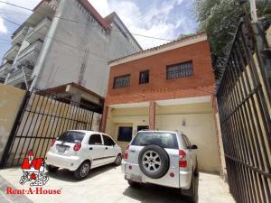 Local Comercial En Ventaen Maracay, Zona Centro, Venezuela, VE RAH: 20-22692