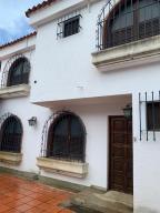 Casa En Ventaen Caracas, Los Chorros, Venezuela, VE RAH: 20-23781