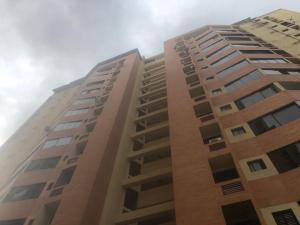 Apartamento En Ventaen Municipio Naguanagua, Palma Real, Venezuela, VE RAH: 20-22704