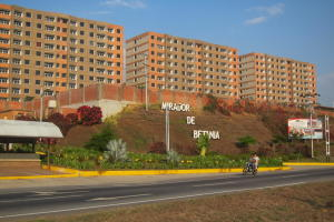 Apartamento En Ventaen Charallave, Mirador De Betania, Venezuela, VE RAH: 20-22705