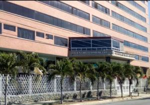 Apartamento En Ventaen Catia La Mar, Playa Grande, Venezuela, VE RAH: 20-22772