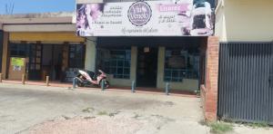 Local Comercial En Ventaen Ciudad Ojeda, La N, Venezuela, VE RAH: 20-22768