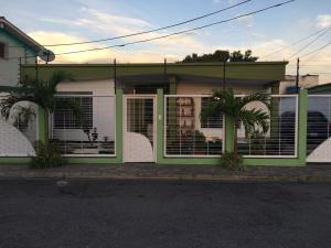 Casa En Ventaen Maracay, Fundacion Mendoza, Venezuela, VE RAH: 20-22816