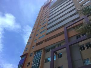 Apartamento En Ventaen Valencia, La Trigaleña, Venezuela, VE RAH: 20-22855