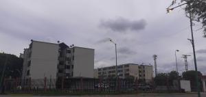 Apartamento En Ventaen Municipio Los Guayos, Paraparal, Venezuela, VE RAH: 20-22978