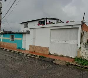 Casa En Ventaen Municipio San Diego, Los Tamarindos, Venezuela, VE RAH: 20-22933