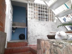 Local Comercial En Alquileren Caracas, Baruta, Venezuela, VE RAH: 20-22925