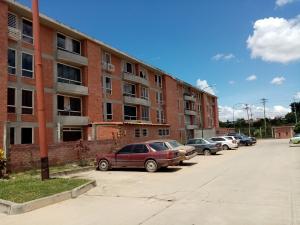 Apartamento En Ventaen Guatire, Valle Grande, Venezuela, VE RAH: 20-23231