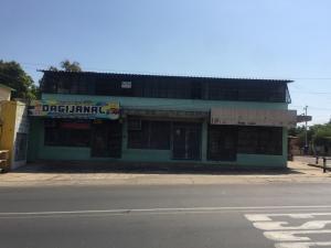 Local Comercial En Ventaen Municipio San Francisco, Sierra Maestra, Venezuela, VE RAH: 20-9629