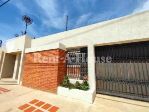 Oficina En Alquileren Maracaibo, Tierra Negra, Venezuela, VE RAH: 20-23083
