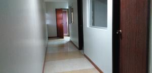 Oficina En Ventaen Barquisimeto, Centro, Venezuela, VE RAH: 20-23152