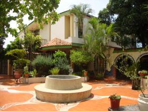 Casa En Ventaen Barquisimeto, Parroquia Juan De Villegas, Venezuela, VE RAH: 20-23137
