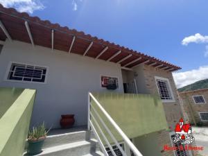 Apartamento En Ventaen Intercomunal Maracay-Turmero, La Providencia, Venezuela, VE RAH: 20-21620