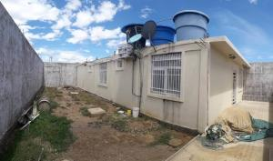 Casa En Ventaen Coro, Sector La Floresta, Venezuela, VE RAH: 20-23186
