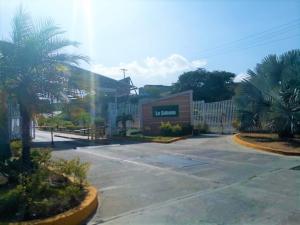 Apartamento En Ventaen Guatire, La Sabana, Venezuela, VE RAH: 20-23191