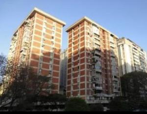 Apartamento En Ventaen Caracas, Terrazas Del Club Hipico, Venezuela, VE RAH: 20-23275