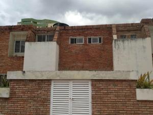Townhouse En Ventaen Valencia, El Bosque, Venezuela, VE RAH: 20-23253