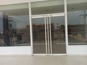 Local Comercial En Alquileren Punto Fijo, Santa Irene, Venezuela, VE RAH: 20-23228