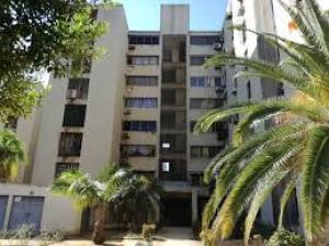 Apartamento En Alquileren Maracaibo, Avenida Goajira, Venezuela, VE RAH: 20-23267