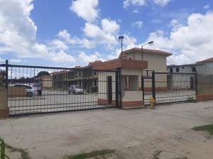 Casa En Ventaen Valencia, Flor Amarillo, Venezuela, VE RAH: 20-23422