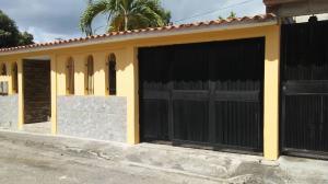 Casa En Ventaen Guatire, Parque Alto, Venezuela, VE RAH: 20-23315