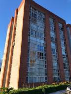 Apartamento En Ventaen Caracas, El Encantado, Venezuela, VE RAH: 20-23421