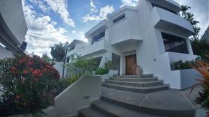 Casa En Ventaen Valencia, La Viña, Venezuela, VE RAH: 20-23354
