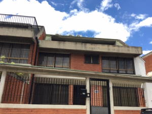 Casa En Ventaen Caracas, Colinas De Santa Monica, Venezuela, VE RAH: 20-23379