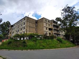 Apartamento En Ventaen Caracas, Caricuao, Venezuela, VE RAH: 20-23414