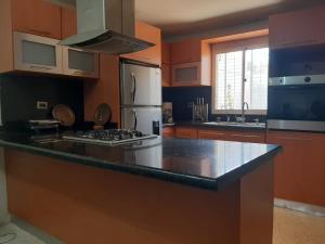 Casa En Ventaen Municipio San Francisco, San Francisco, Venezuela, VE RAH: 20-23447