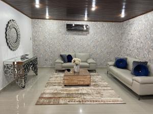 Casa En Ventaen Caracas, Colinas De Bello Monte, Venezuela, VE RAH: 20-23600