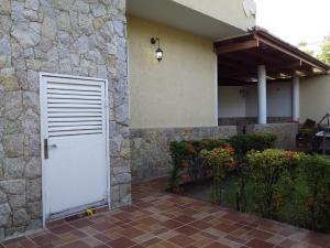Casa En Ventaen Maracay, Andres Bello, Venezuela, VE RAH: 20-23699