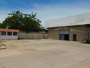 Galpon - Deposito En Alquileren Maracaibo, Kilometro 4, Venezuela, VE RAH: 20-23638