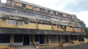 Apartamento En Ventaen Municipio Barinas, Ave Montilla, Venezuela, VE RAH: 20-23833