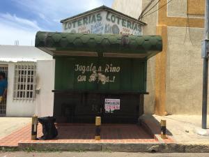 Local Comercial En Ventaen Municipio San Francisco, Sierra Maestra, Venezuela, VE RAH: 20-23690