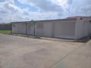 Casa En Ventaen Municipio Barinas, Tamanaco, Venezuela, VE RAH: 20-23844