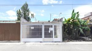 Casa En Ventaen Barquisimeto, Parroquia Juan De Villegas, Venezuela, VE RAH: 20-23278