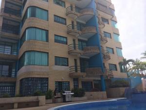 Apartamento En Ventaen Margarita, Playa El Agua, Venezuela, VE RAH: 20-23802