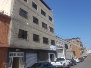 Galpon - Deposito En Ventaen La Guaira, Maiquetia, Venezuela, VE RAH: 20-23908