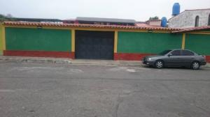 Edificio En Ventaen Municipio Barinas, Barrio Las Colinas, Venezuela, VE RAH: 20-23864