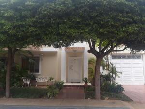 Casa En Ventaen Maracaibo, Fuerzas Armadas, Venezuela, VE RAH: 20-23875
